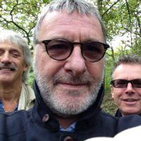Steve Harley Acoustic Trio Selfiex200